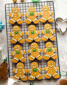 Keto-Gingerbread-Folk-Men-People-Cookies