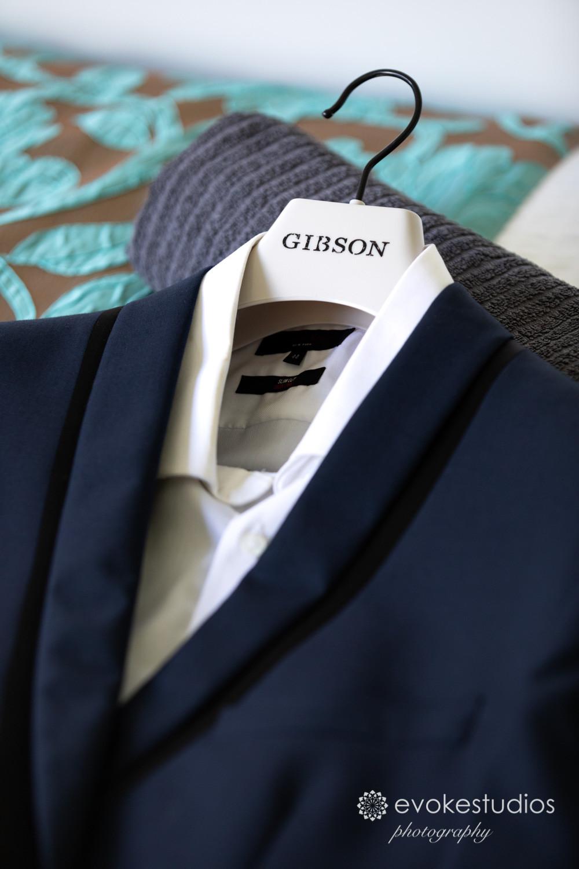 groom suite