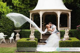 Nathan & Shayni's Tamborine Gardens Wedding
