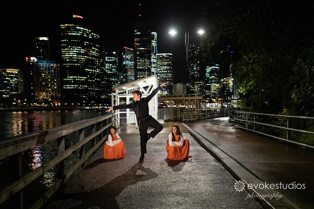 Wedding photography riverlife