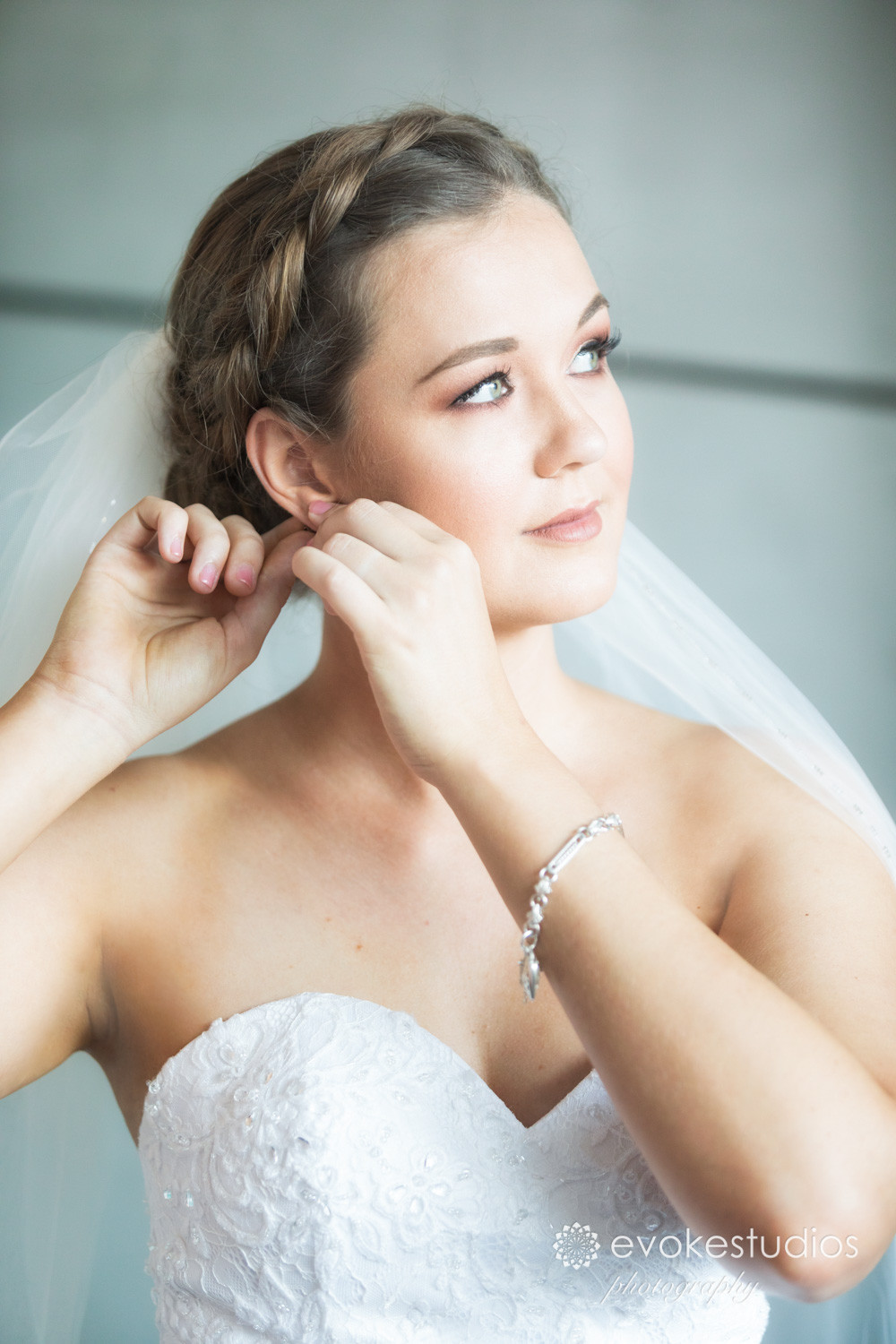Brides earrings