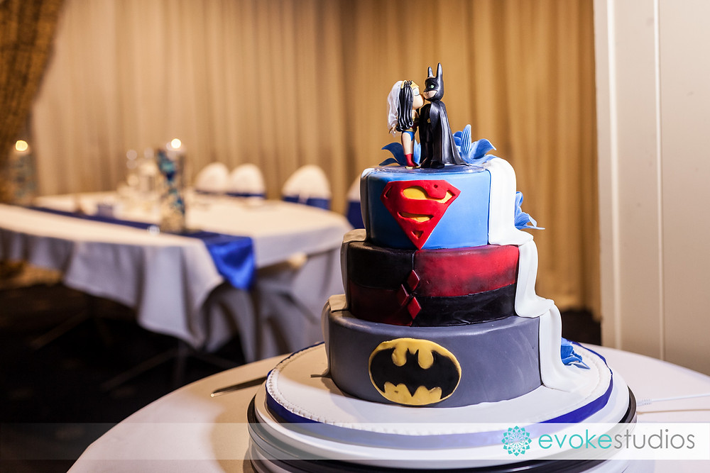 Wedding cake super hero