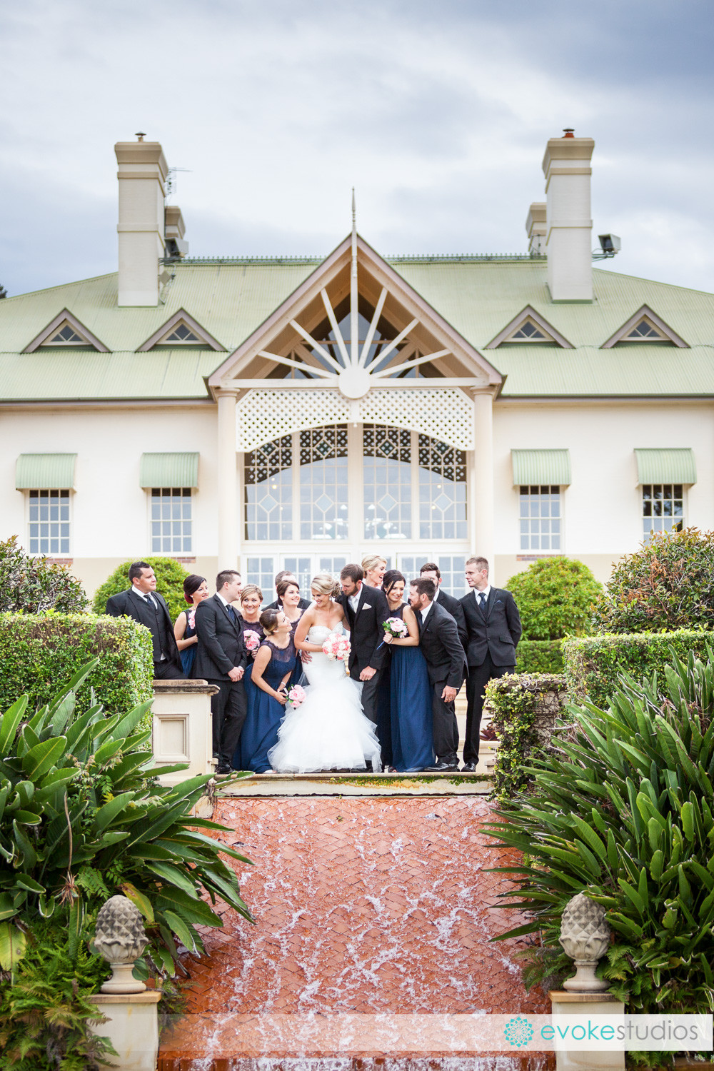 Large rbdial party wedding photographer