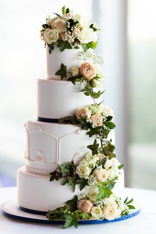 4 teir wedding cake