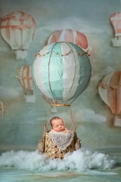 hot air balloon newborn photos