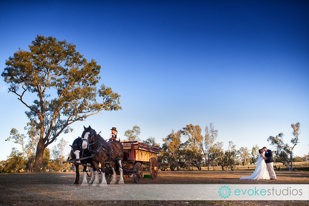 Jondaryan woolshed wedding photographer