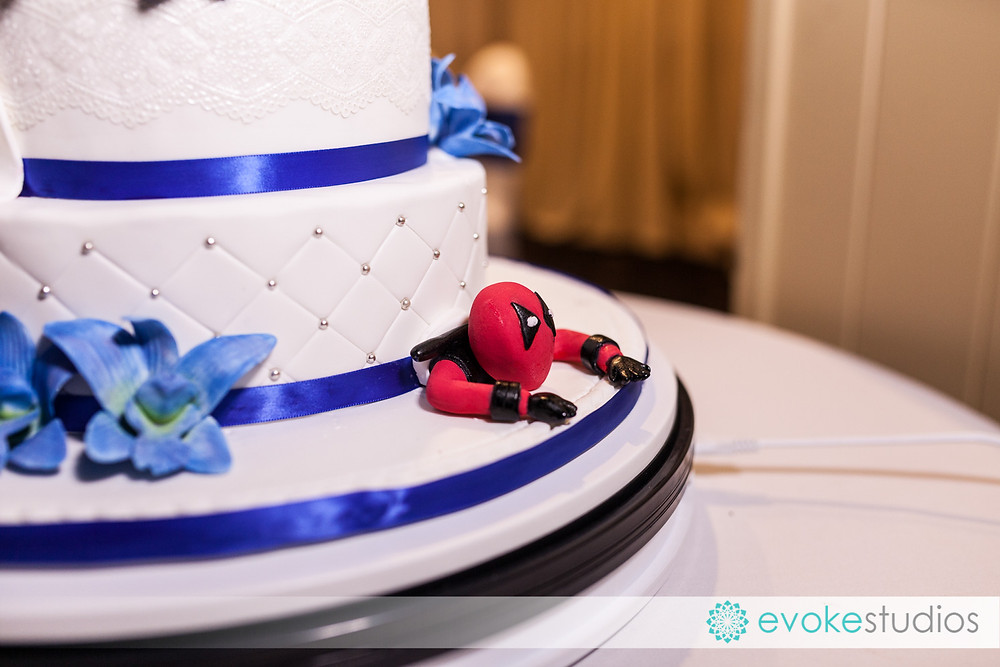 Wedding cake superhero