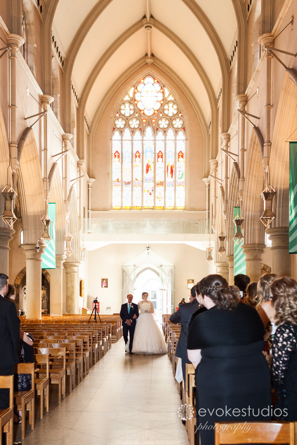 St stephens cathedral wedding photos