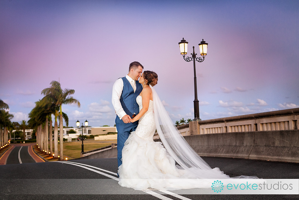 Links hope island wedding photographer