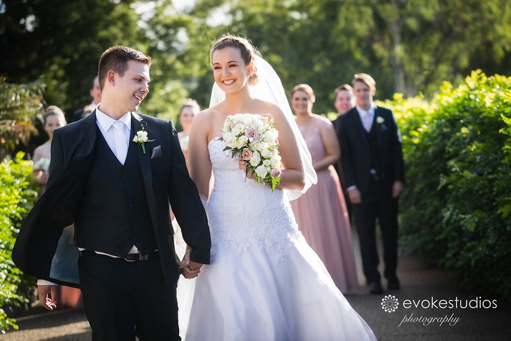 Toparies wedding photographer