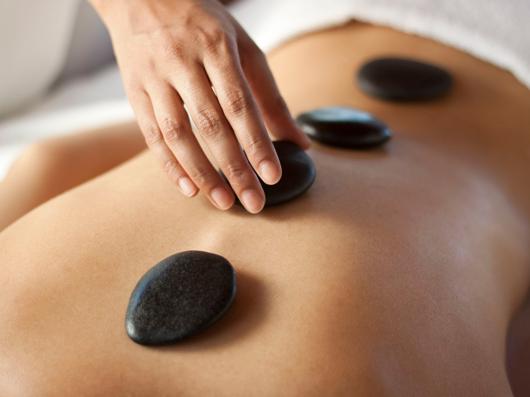 (60min) Thérapie aux pierres chaudes