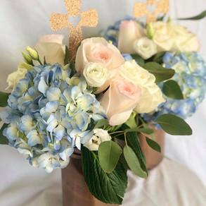 Rose gold & baby blue centerpiece