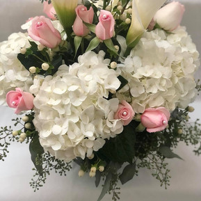 Bouquet for mom & her baby girl