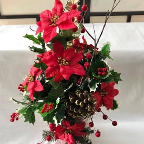 Poinsettia holiday centerpiece