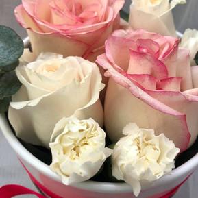 Rose & carnation mini box