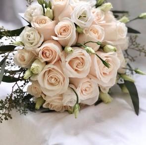 Ivory rose bridal bouquet