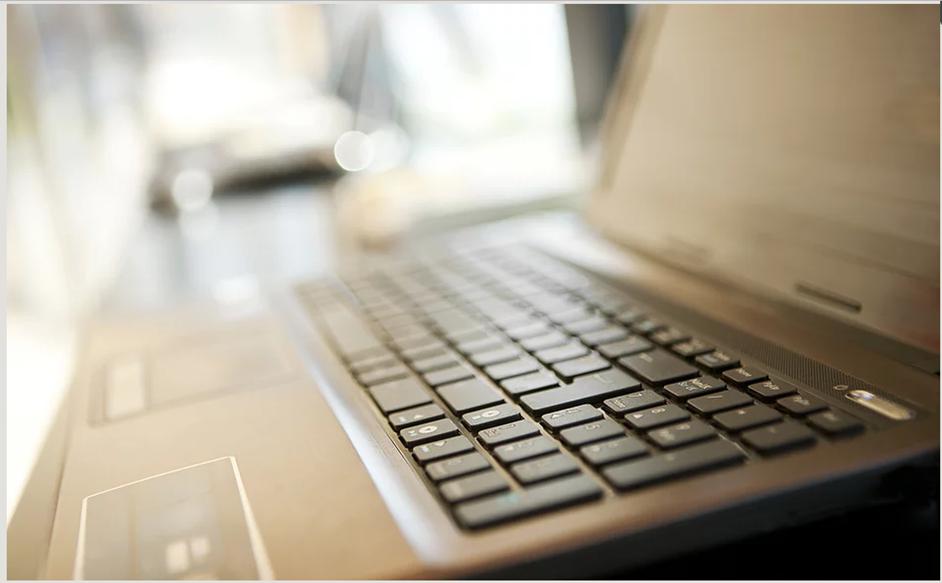 Laptop - Web Design Course