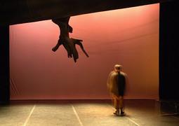 Didi à gogo, chorégraphie de Olivier Chanut, 2005 ©P.Pache