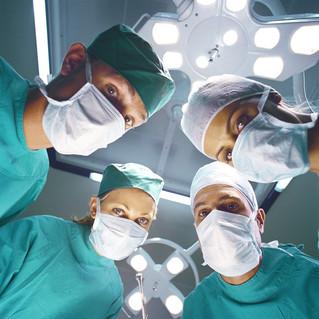 MEDIZINREPORT: Studien im Fokus Meniskusrisse: Physiotherapie und arthroskopische Op gleichwertig