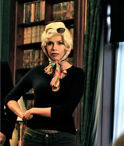 Jessee Marilyn Strike a Pose