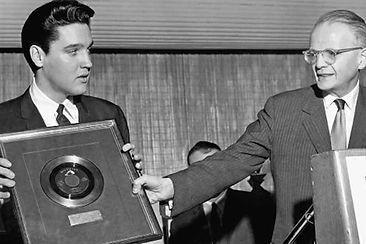 1961-february-25-76-million-mark-with-su