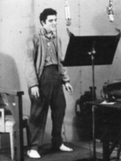 1957instudio24y.jpg