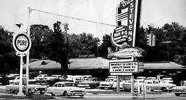 Gus Stevens Reastaurant, Biloxi.jpg