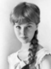 Anne Helm.jpg