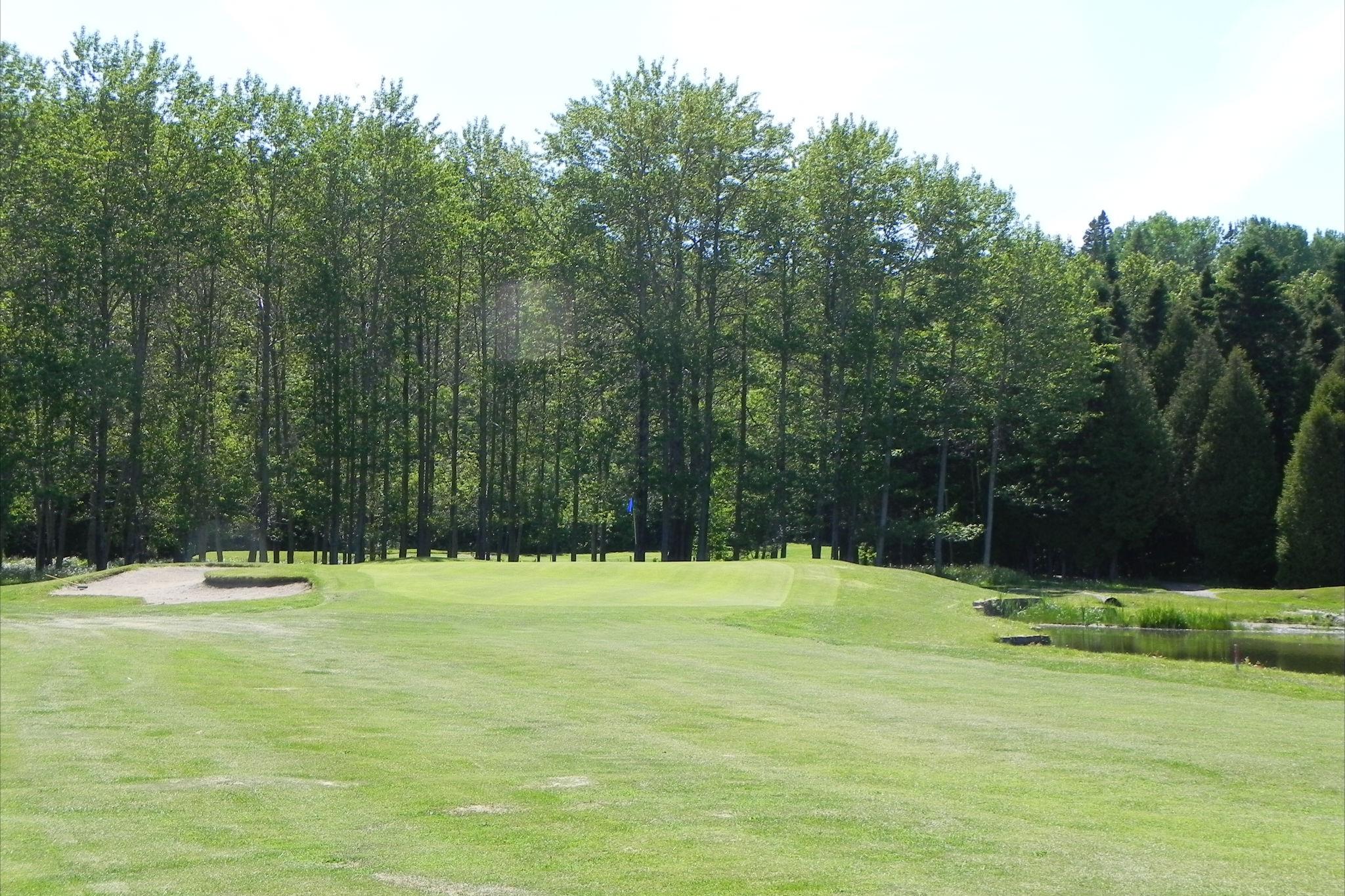Club_de_Golf_Le_Gaspésien,_Ste-Anne-des-Monts_012.JPG