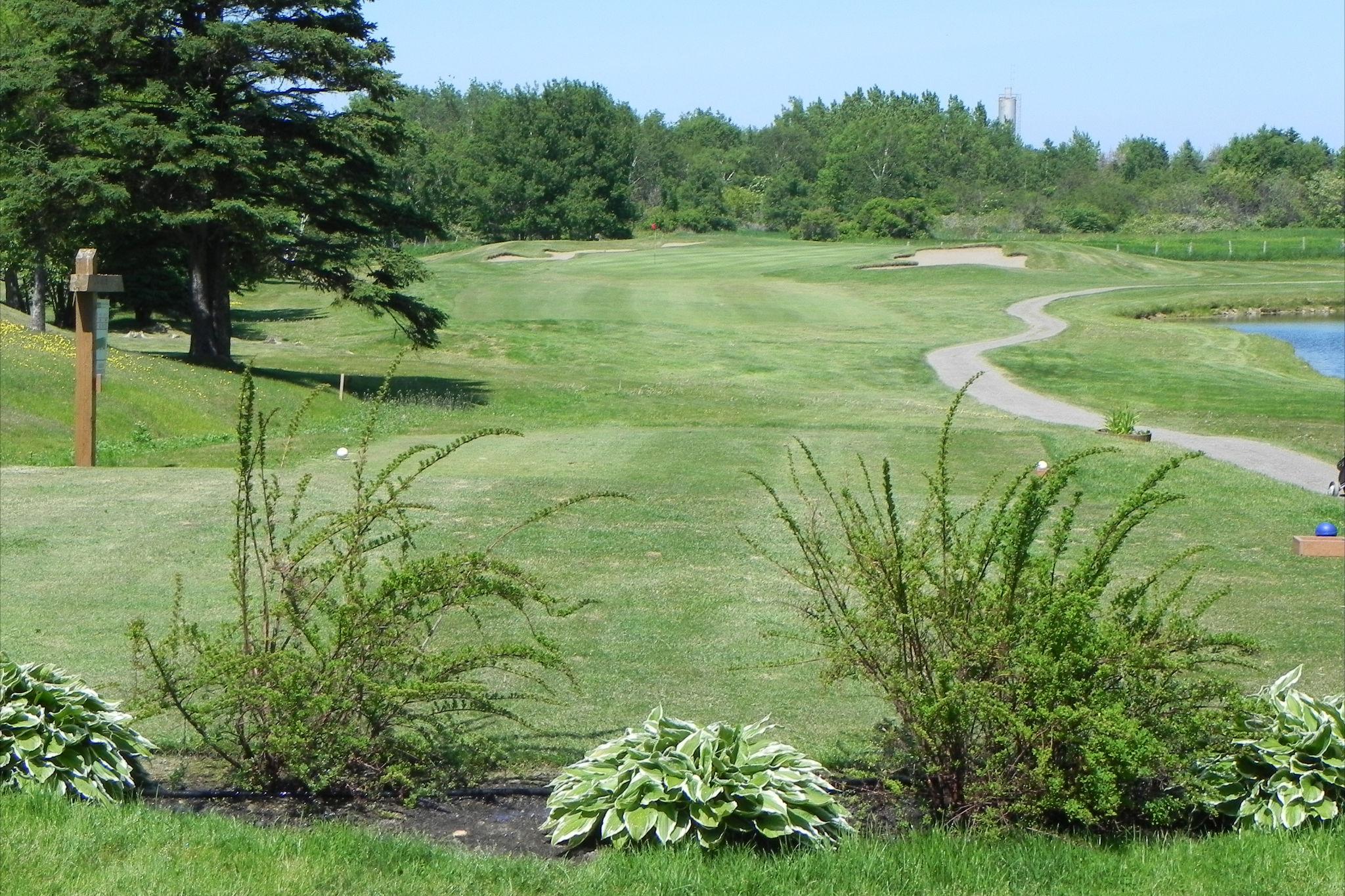 Club_de_Golf_Le_Gaspésien,_Ste-Anne-des-Monts_003.JPG