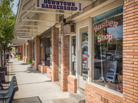 10 Best Things About Living In a Small Town