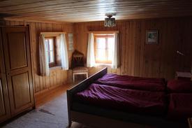 Schlafzimmer1_2.JPG
