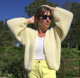 bernadette handknitria yellow