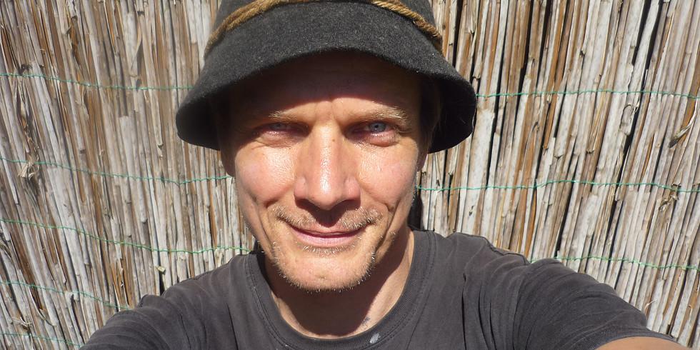 Markus Schultze mit dem Kulturfloß auf dem Hasenberg