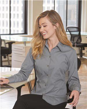 Van Heusen Womens Poplin Shirt