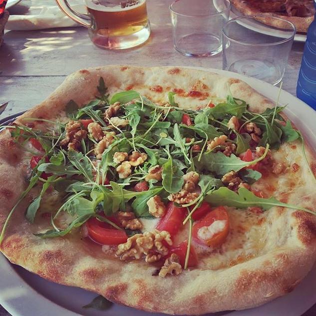 Best pizza on the island! _chirincanaibi