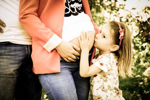 תקוה הצלמת  צילומי הריון בטבע (9).jpg