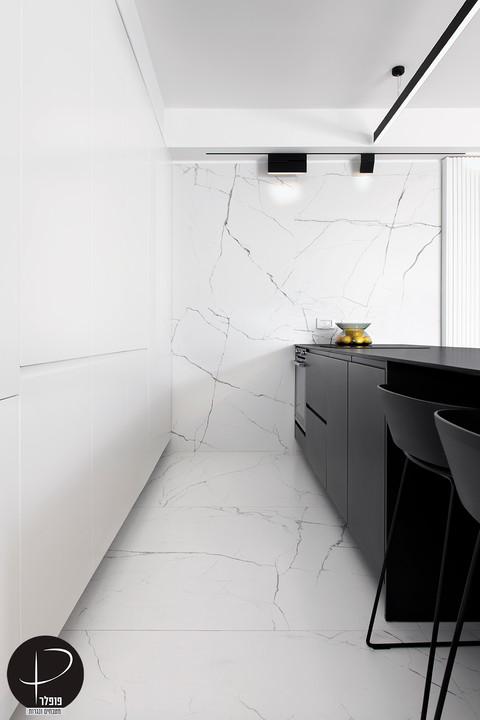 מטבח מודרני טכנולוגי שחור לבן (10).jpg