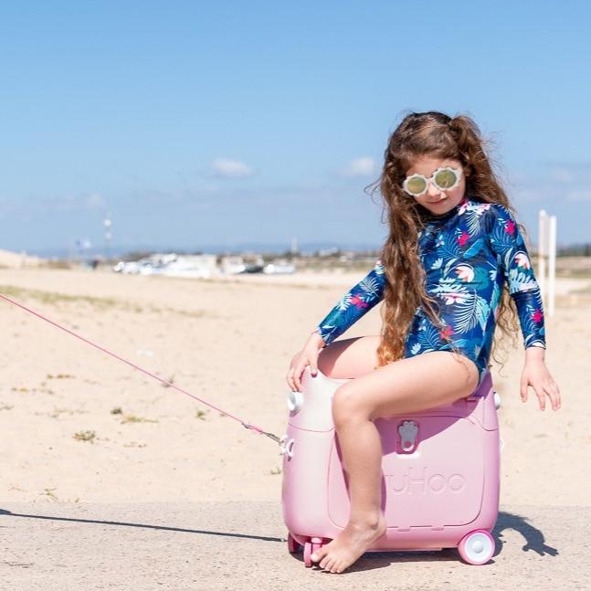 בגד ים שלם ילדות מזוודה ריבוע.jpg