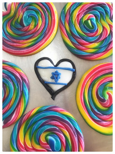 ToMo Candy - Lollipops (11).jpg