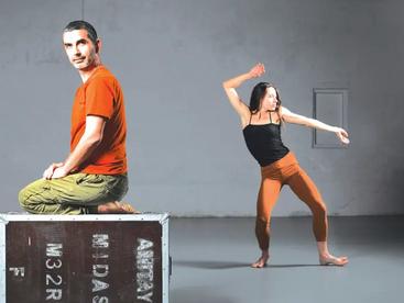 Ronen Izhaki's 'Pshutot' is an artistictribute to Zelda / Jerusalem Post