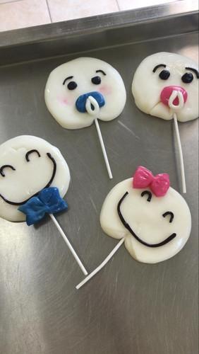ToMo Candy - Lollipops (2).jpg