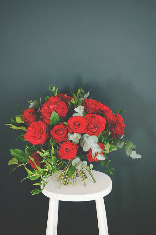 GARDEN STYLE RED ROSES