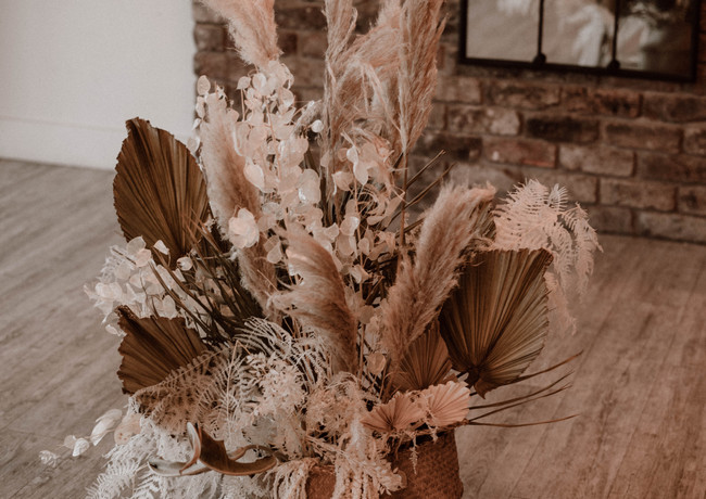 Emmy-shoots-bridal-623.jpg
