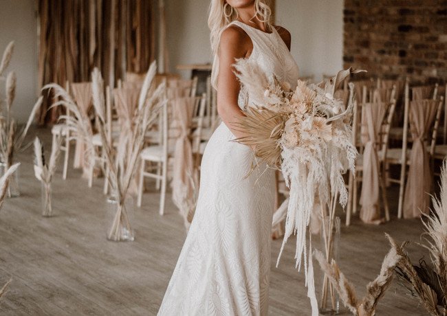 Emmy-shoots-bridal-454.jpg