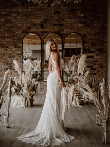 Emmy-shoots-bridal-437.jpg