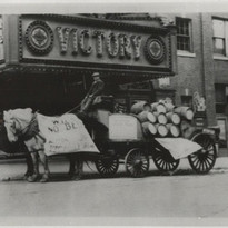 Horse wagon front of victory.jpg