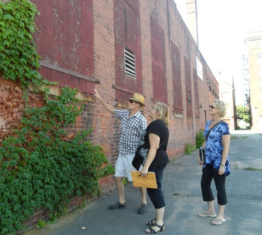 MIFA takes part in Holyoke's Alleyway project