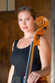 Clare Monfredo, Cello