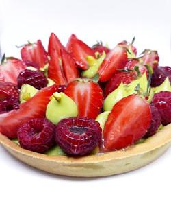 Tarte fraise-framboise-pistache